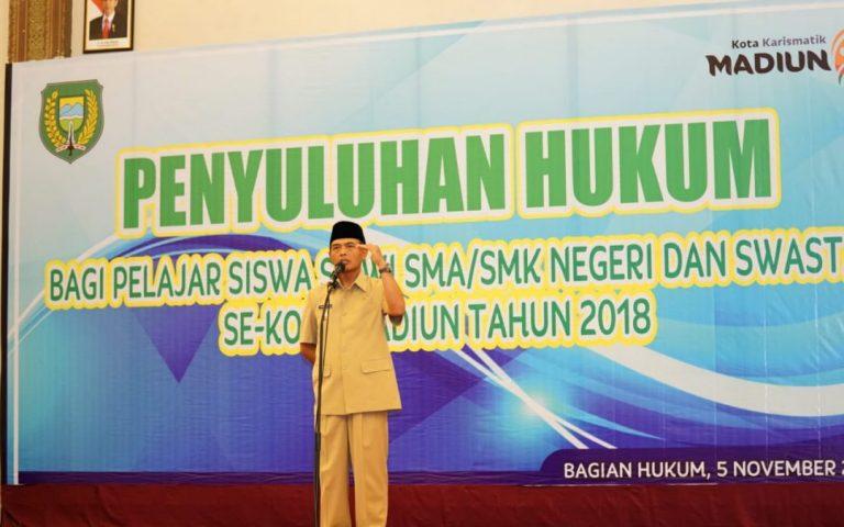 Penyuluhan Hukum Bagi Pelajar SMA/SMK Negeri dan Swasta Kota Madiun Tahun 2018